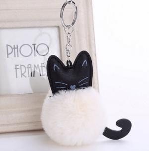 katten-sleutelhanger-pompom-wit