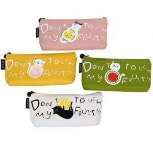 dont-touch-my-fruit-etui-kat