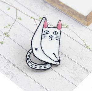cat-pin-ass-hole