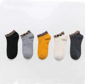 Korte sokken met leopard print 4 varianten